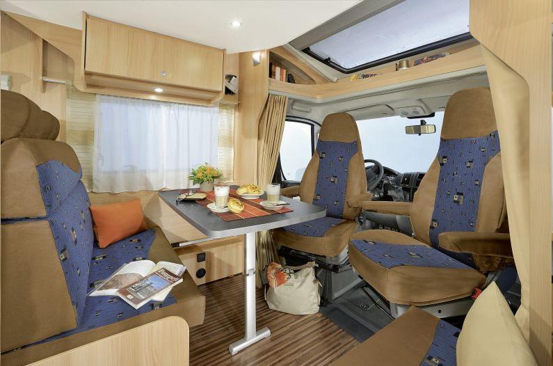 wohnmobil reisemobil mittelgro mieten vermitteln kaufen. Black Bedroom Furniture Sets. Home Design Ideas